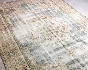 "Filia | 6'8""x10' Vintage Oversized Area Rug 