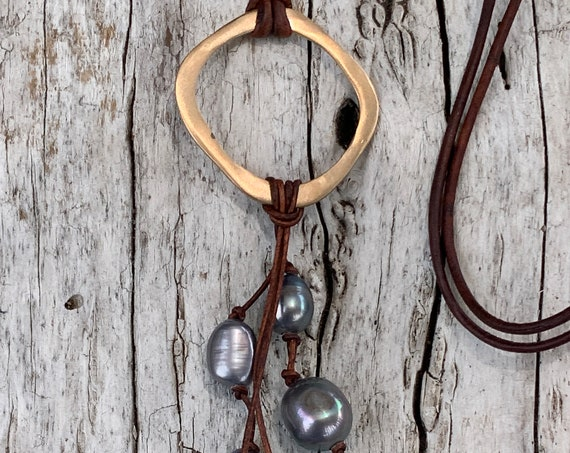 Handmade Bronze Organic Circle Leather Adjustable Long Lariat Necklace with Black Baroque Pearls