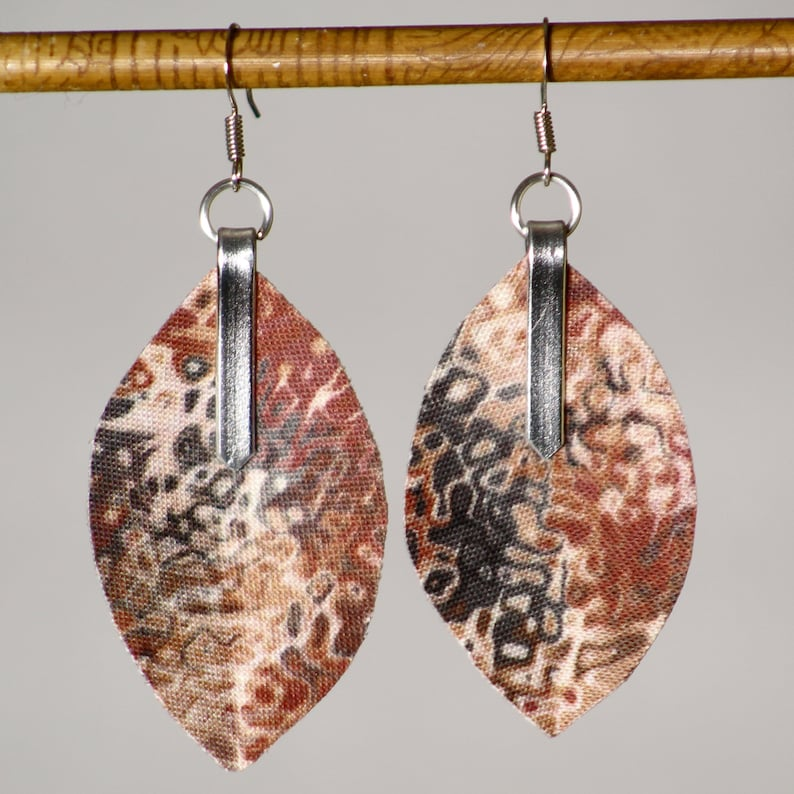 Earrings in latte marbled fabric  lightweight marbled 3D image 0