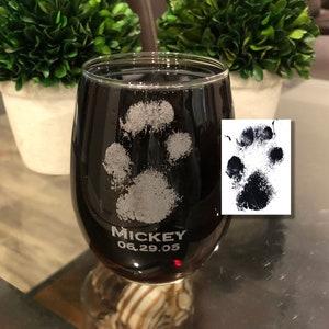 Medium Glass Paw Print