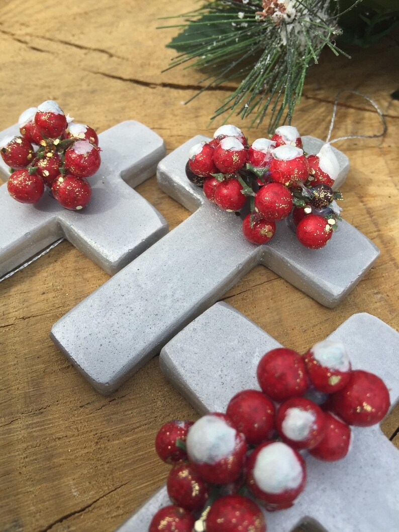 Reduced 5 Rustic Mini Cross Silver Christmas Tree Ornaments With Holly Berries W Faux Snow Handmade Holiday Decorations Set Of 5 Silver