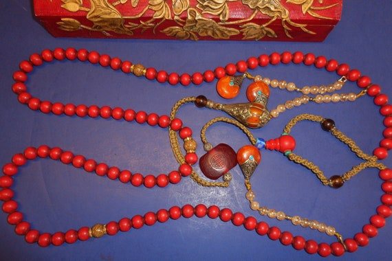 Handcrafted large red lacquer gourd beaded necklace with Chinese characters