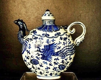 Chinese Ming Dynasty Xuande blue and white porcelain pitcher fine painted phoenixes and lotus branches宣德青花凤首壶