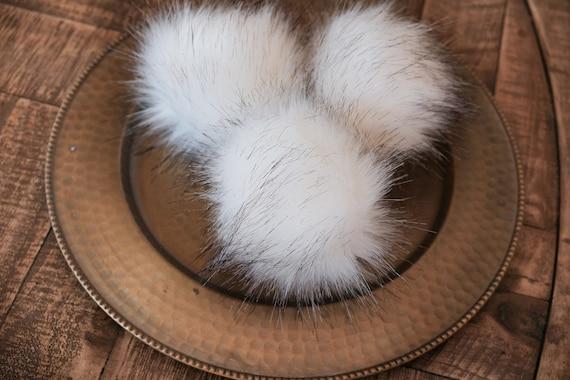 Luxury Wolf Faux Fur Pom Pom