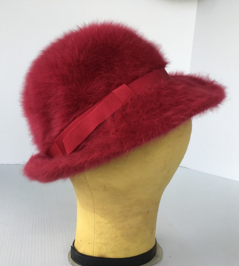 Lord & Taylor Ladies Vintage Hat Fuchsia Rose Mohair  made in image 0