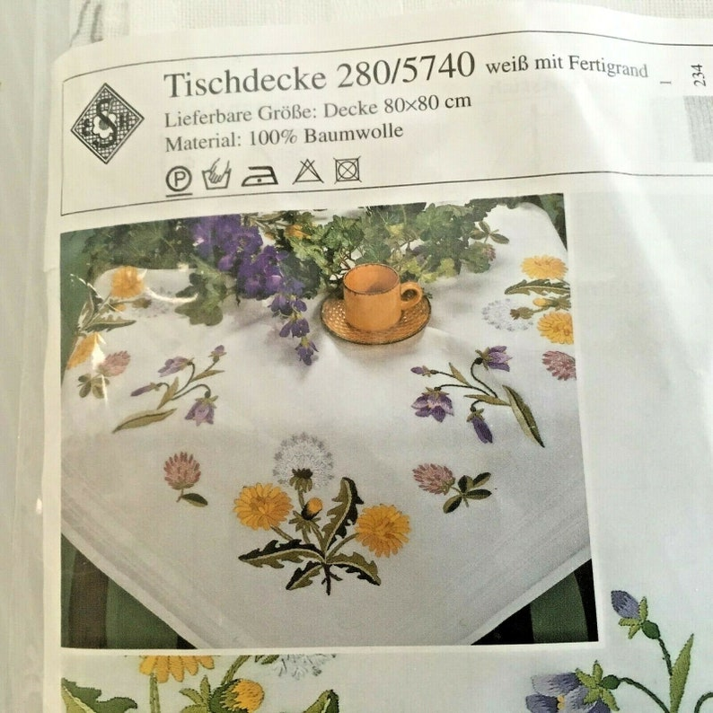 Needlework Kit / Embroidery Tablecloth Square 80cm / image 0