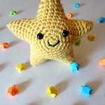 Yellow Star Cutie Crochet Plush Amigurumi - Chibi Plushie Stuffed Animal Solar System - Galaxy Outer Space Science Geek