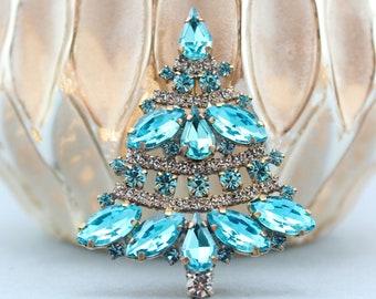 Vintage Christmas Tree Pin, Czech Crystal Christmas Brooch, Vintage Christmas Jewelry, Holiday Jewelry, rhinestone christmas tree brooch