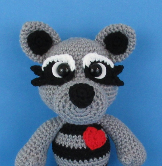 Raccoon Crochet Pattern/Forest Animal/Love Bandit/Valentine Crochet Pattern  (English PDF file only, this is not the finished doll)