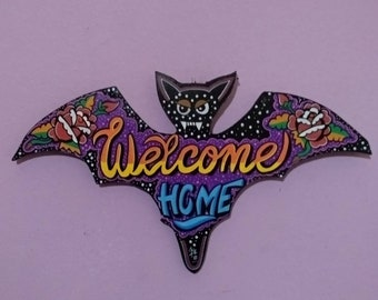 Welcome Home Flowers wooden bat Signal