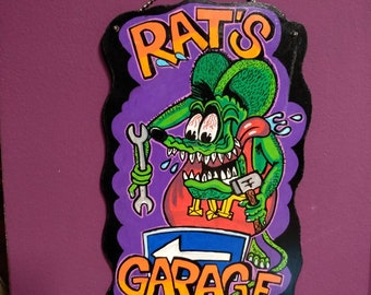 Rat's Garage wooden Signal