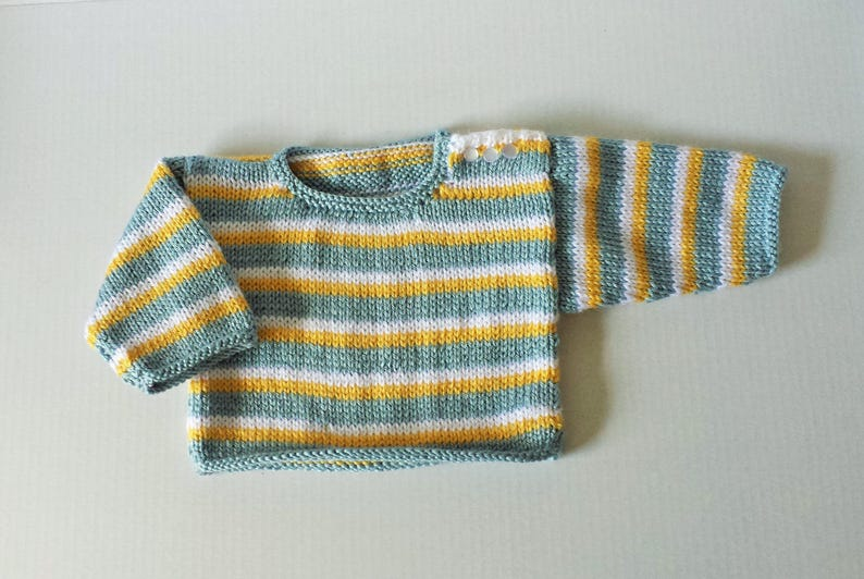 12 Months Size in Blue Baby/'s Hand Knitted Sweater and Shorts Outfit Yellow and White Stripes