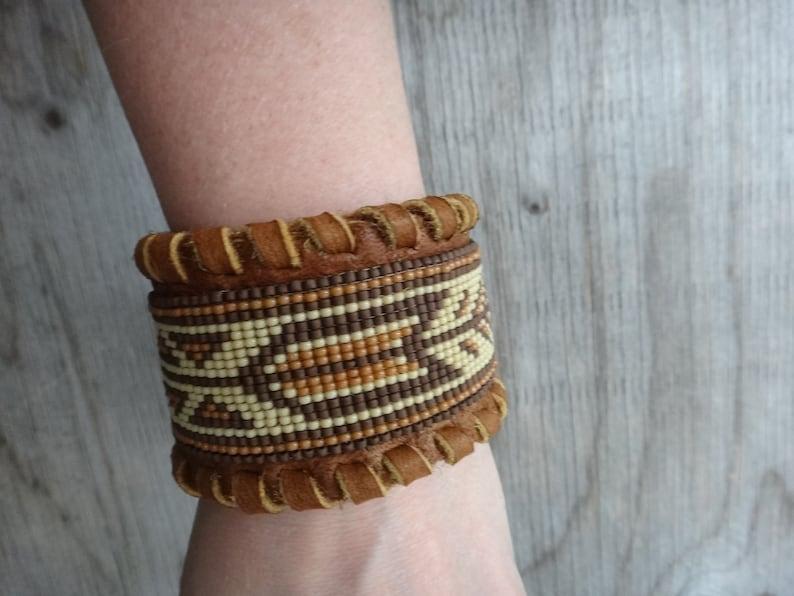Loom Bracelet traditional motifs Moose leather seed bead Native American men cuff beaded bracelet American Indian Brown cuff leather