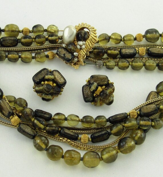 Vintage double strand art glass necklace with hidden jeweld clasp
