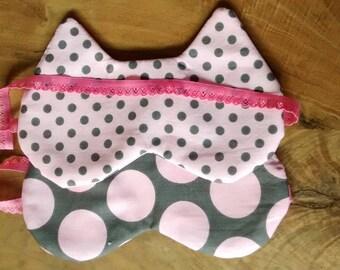 Sleeping mask layering Brown and pink polka dots