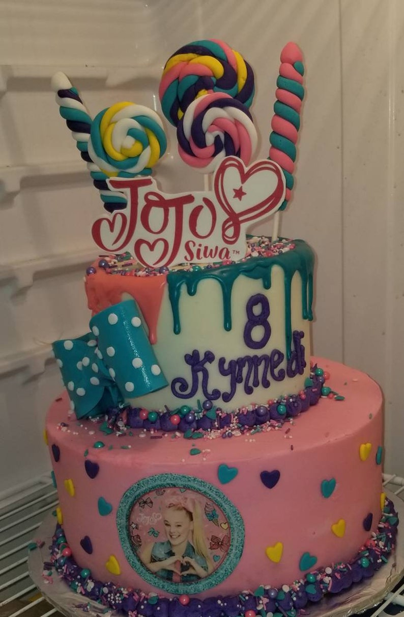 Jojo Siwa Cake This Was A Confetti Cake Custom Cakes By