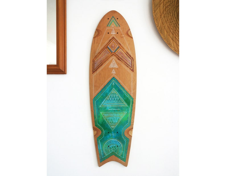 Hand painted 28'' fishtail cruiser skate deck  Under image 0