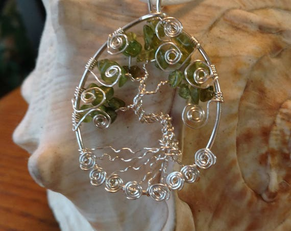 Peridot and Silver Tree of Life Pendant
