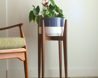 Mid Century Modern Plant Stand Original Design For Large Or Small Planter  Hand Made Solid Wood In Canada Pot Not Included Mid Metal Stand I7