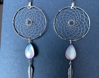 Silver Woven Dreamcatcher Earrings - Silver Faceted Metallic beads - Teardrop Black Mother of Pearl - Feather