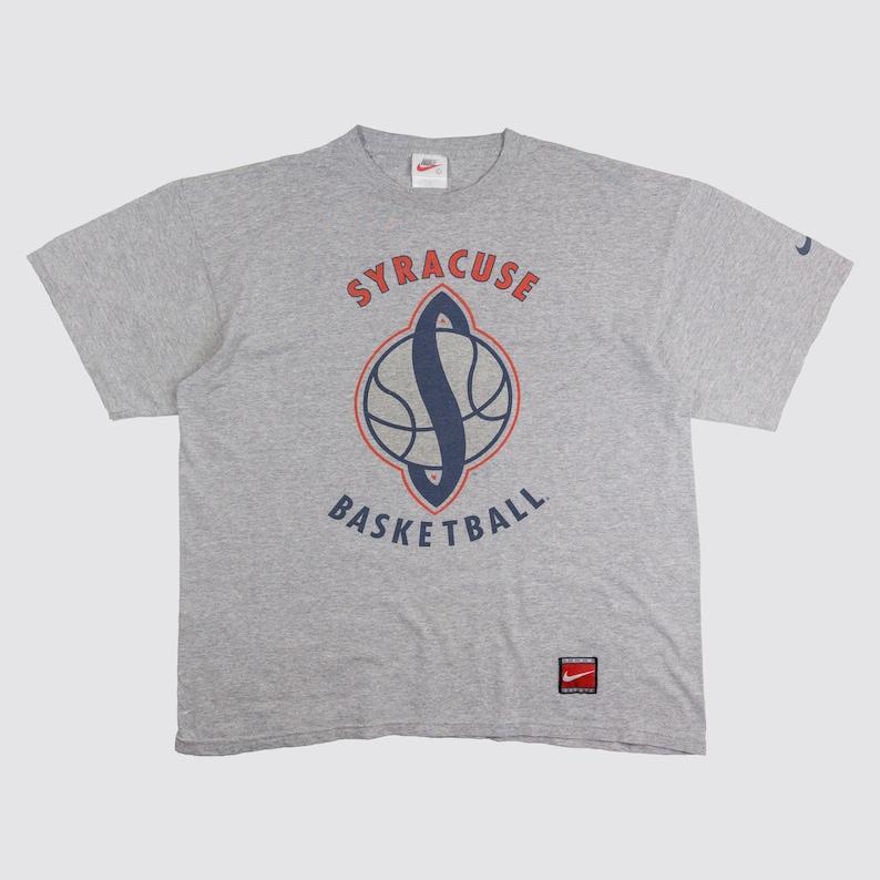 3bec18571f7ab 90s NIKE SYRACUSE BASKETBALL tshirt oversize nike shirt just do it bball  college syracuse university tee swoosh Vintage Adult Large xl