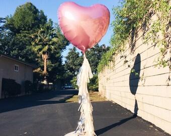 Feuille coeur pompon ballon - la Saint-Valentin - ballon mylar Jumbo de coeur avec guirlande pompon - rouge rose ou lavande