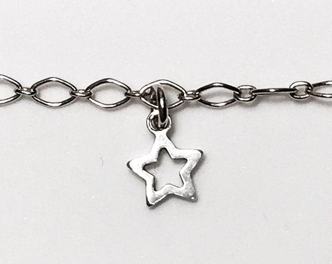 NEW 925 Sterling Silver Star Shaped Bracelet - 7in