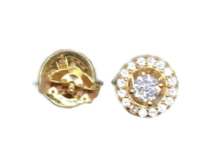 Brand New Yellow gold on 925 Silver Studs Earrings Small circle surrounding with round white CZ ( 7 . 0 mm )