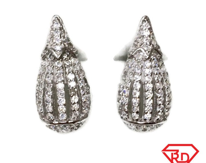 Brand New white gold on 925 Silver Studs Earrings Gourd Design with white round CZ ( 7 . 8 mm )
