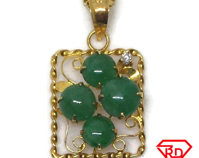 14k with diamond and Jade small yellow gold pendant