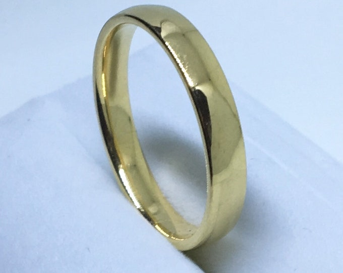3 . 9 mm Brand New Yellow Gold Plated on Plain bulgy Stainless Steel ring band