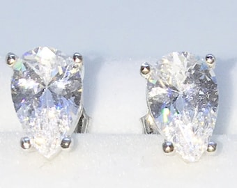 Brand New White Gold on 925 Solid Sterling Silver Four Prong Basket white Pear CZ studs Earrings ( 6 . 4  mm )