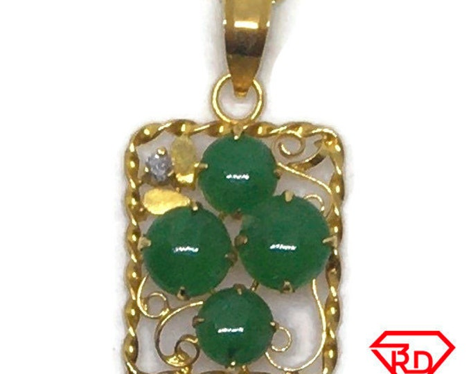14k with diamond and Jade yellow gold pendant