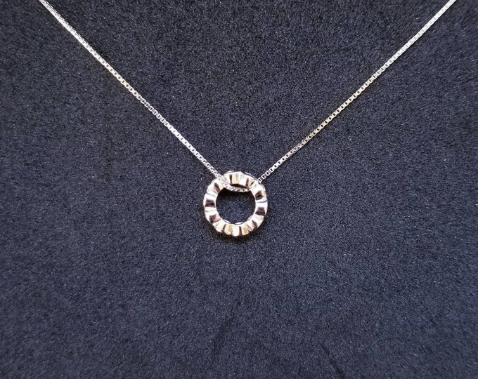New 14k White Gold On 925 Sterling Silver Tiny CZ stones Ring Pendant Free Chain