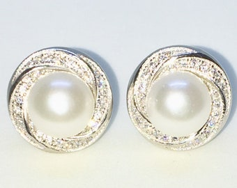 Brand New White Gold on 925 Solid Sterling Silver Round Swirl cz with single pearl studs Earrings ( 13 . 1  mm )