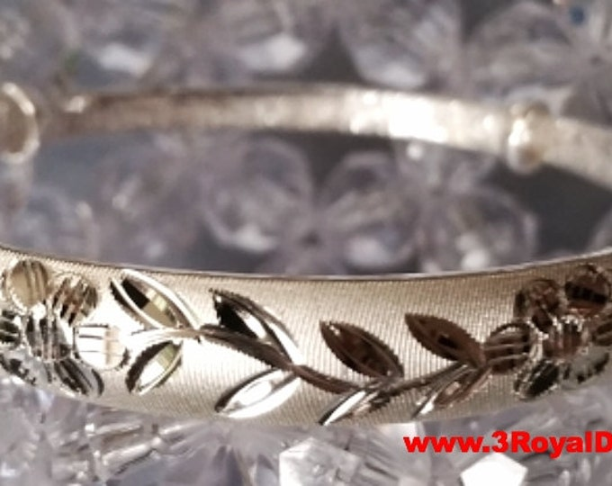 Handmade Pretty Flowers With Leaves 999 Solid fine Silver Adjustable Bangle
