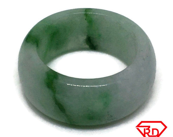 Smooth Plain Round Light green jade ring Band (Size 11)