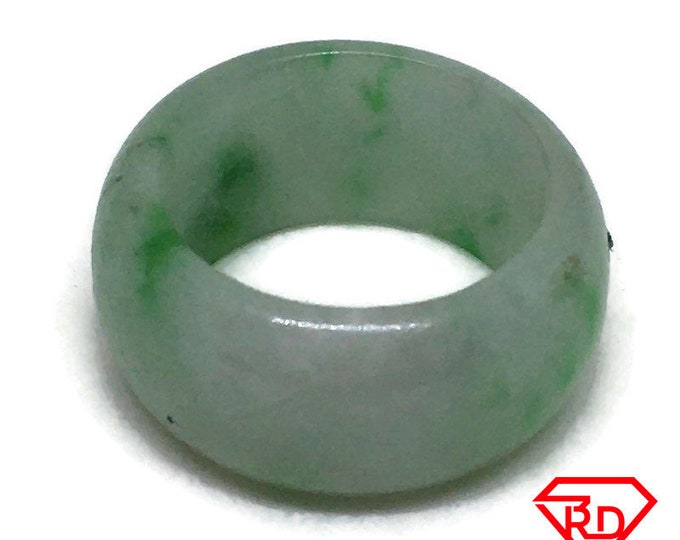 Smooth Plain Round Light green jade ring Band (Size 8)