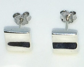 New Handcraft Curvy Square on 925 Solid Sterling Silver Stud Earrings ( 7 . 7 mm )