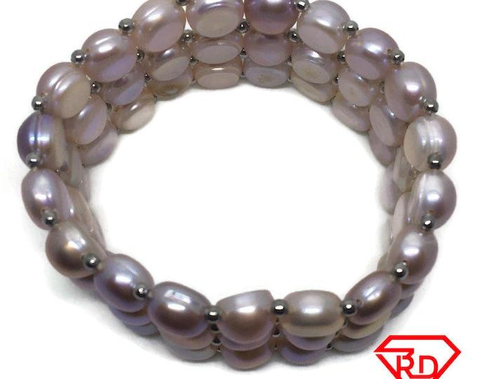 Triple rows of Round Pearls Elastic Bracelet