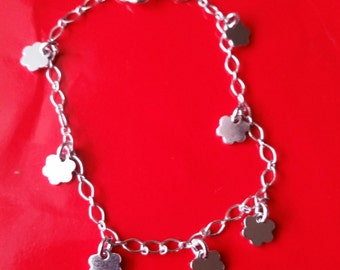 18k white gold layer on Solid 925 Sterling Silver dangling Flowery charms bracelet