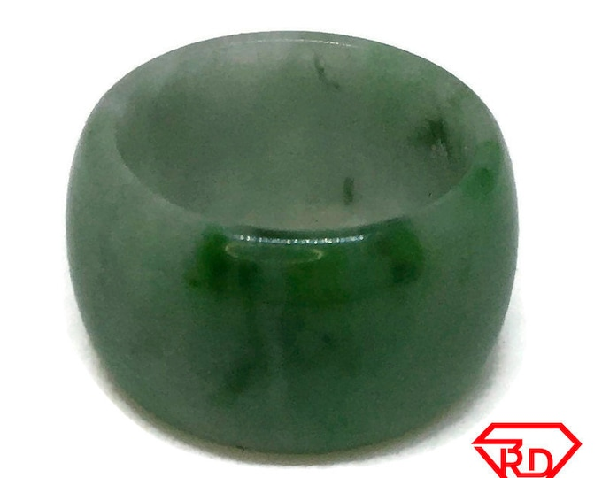 Smooth Plain Round green jade ring Band (Size 4)