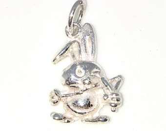Brand New 925 Solid Sterling Silver Medium Pendant with cute little Bunny