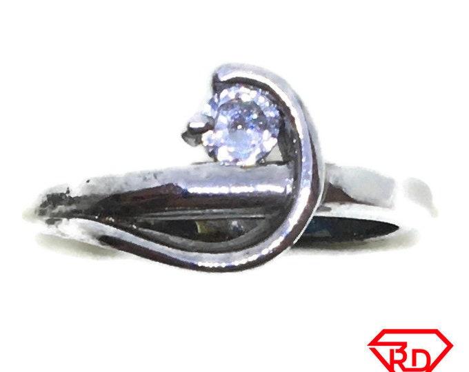 Wavy round CZ Ring 14k white gold on Silver (size 5)