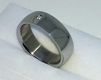 6 . 8mm Size 8 Brand New White Gold Plated with Single Round White Gem on Plain Stainless Steel ring band