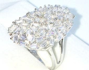 New Handcraft White Gold Plated on Sterling Silver ring band with large oval shape of emerald white CZ