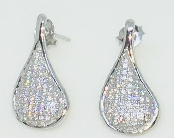 14k White Gold Layered Tear Drop shaped CZ on 925 Solid Sterling Silver Stud Earrings ( 11 . 8 mm )