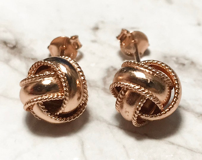 NEW 14K Gold Layered on Sterling Silver Yarn Design Stud Earrings