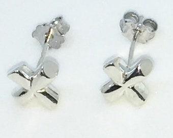 New Handcraft X mark on 925 Solid Sterling Silver Stud Earrings ( 6 . 3 mm )