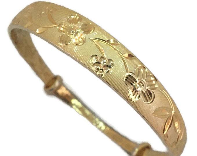 18k Yellow gold layer on silver slip on bracelet Bangle flower